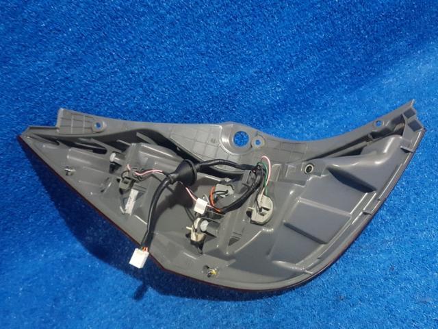 지파츠 자동차 중고부품 924021R200 컴비네이션램프,후미등,데루등