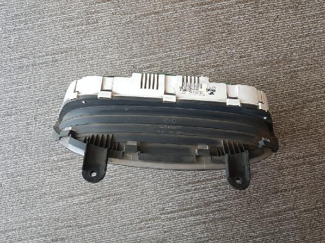 지파츠 자동차 중고부품 0K2C455430B 계기판