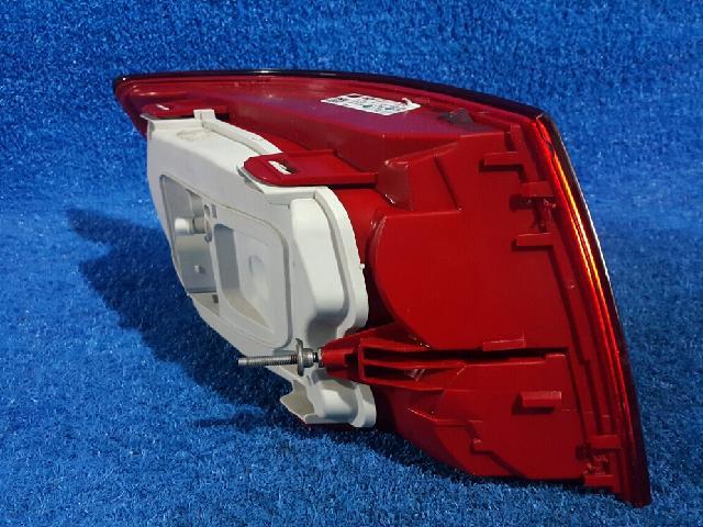 지파츠 자동차 중고부품 4F59450 컴비네이션램프,후미등,데루등