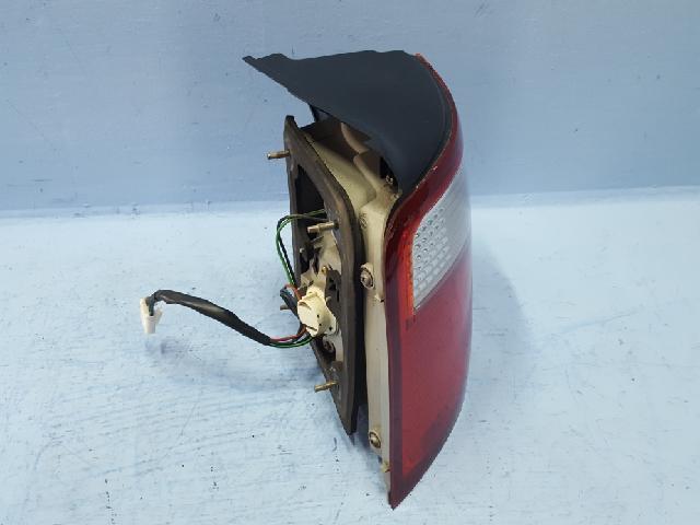 지파츠 자동차 중고부품 0K2FB51160 컴비네이션램프,후미등,데루등