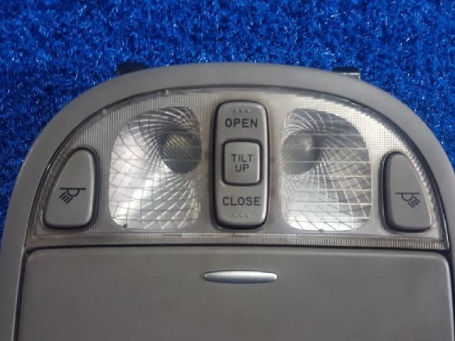 지파츠 자동차 중고부품 928002BXXX 실내조명등