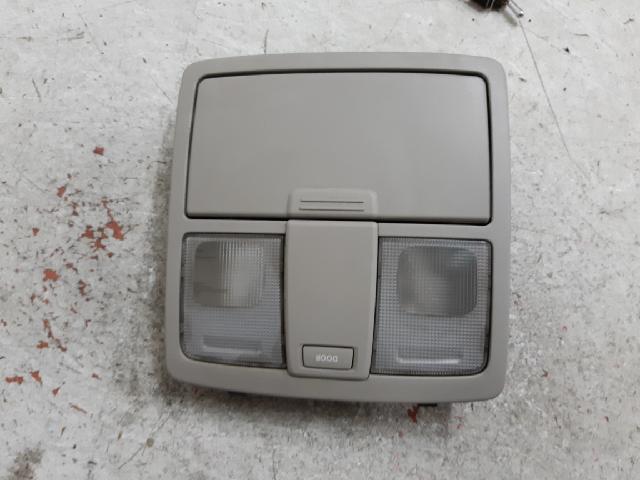 지파츠 자동차 중고부품 928003W000 실내조명등