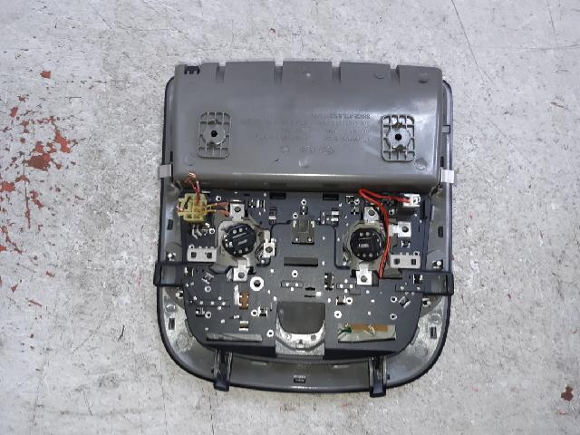 지파츠 자동차 중고부품 928003V000 실내조명등