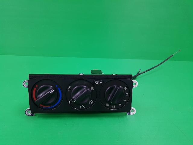 지파츠 자동차 중고부품 HQ780 040 히터에어컨컨트롤스위치