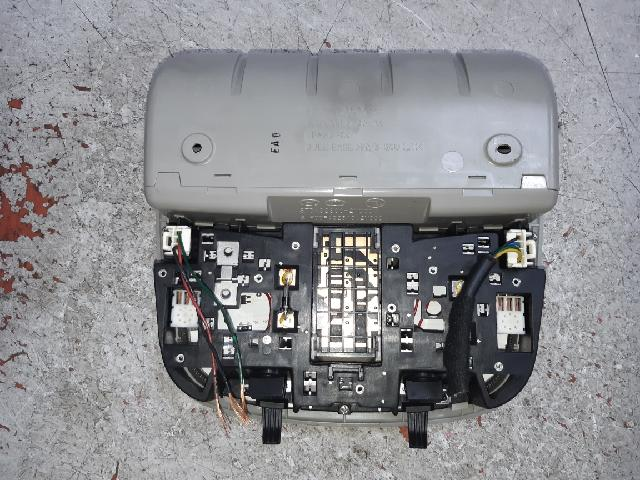 지파츠 자동차 중고부품 92810-2M000 실내조명등