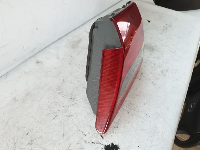 지파츠 자동차 중고부품 92404-3L500 백피니셔,트렁크등