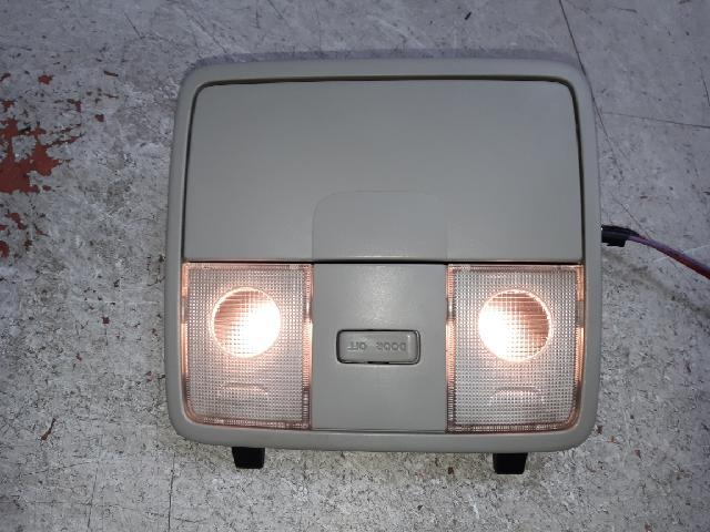 지파츠 자동차 중고부품 92800-1Q000 실내조명등