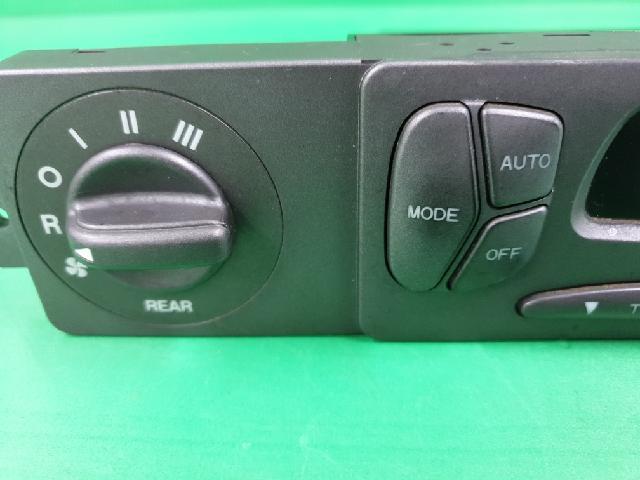 지파츠 자동차 중고부품 0K56E61190 히터에어컨컨트롤스위치