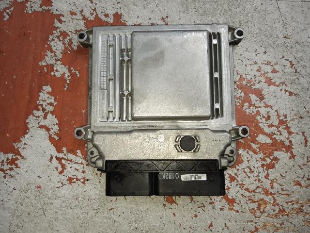 지파츠 자동차 중고부품 39120-2B003 ECU,컴퓨터