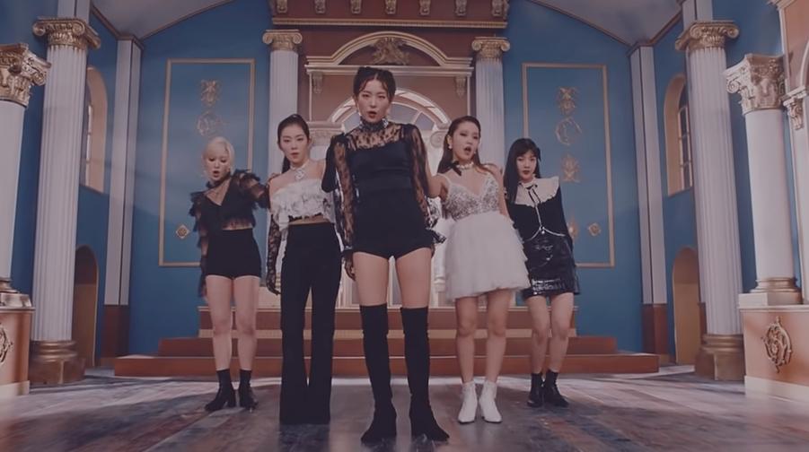 Group Red Velvet (Photo=Screen capture of Red Velvet's 'Psycho' official music video)
