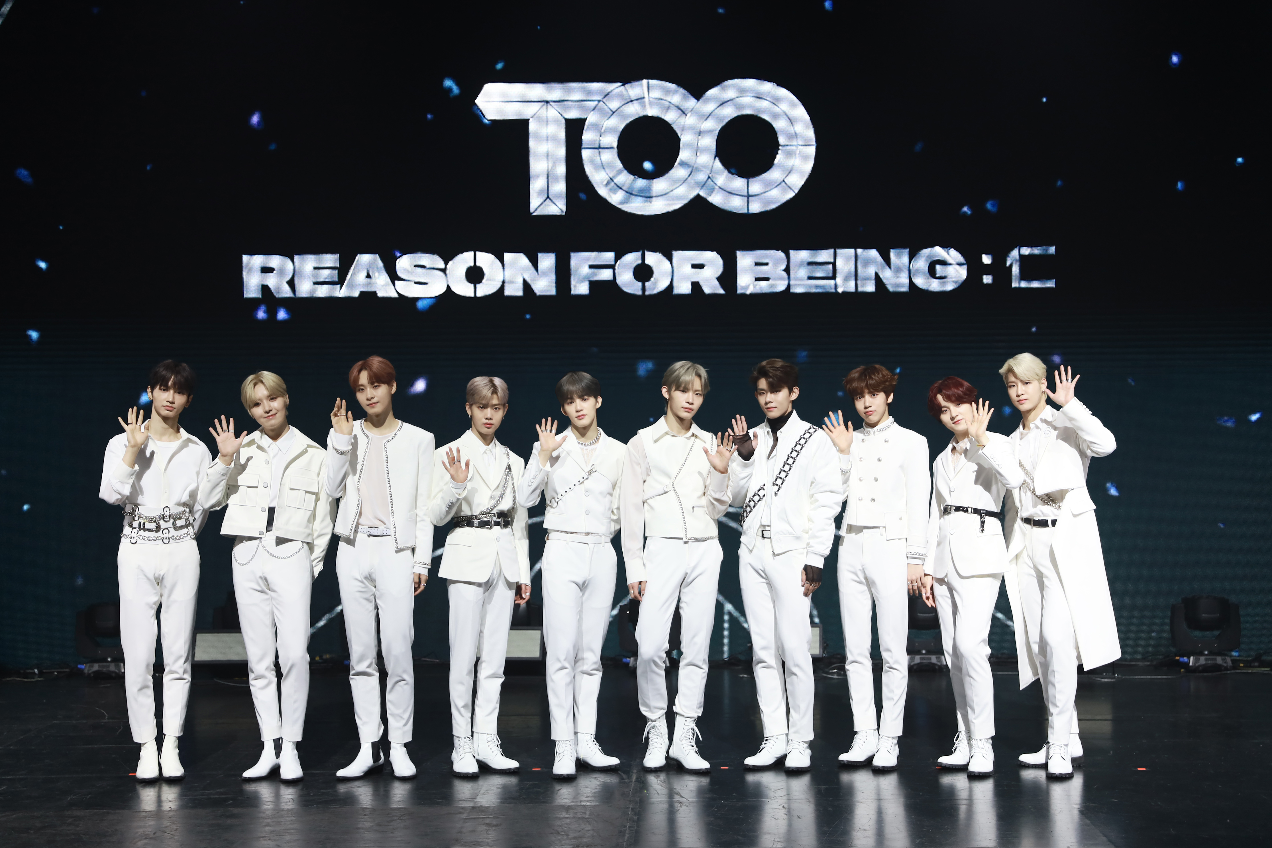 Group TOO on the online media showcase stage of the debut albumREASON FOR BEING : 인(仁) (Photo Credit=Stone Music Entertainment, n.CH Entertainment)
