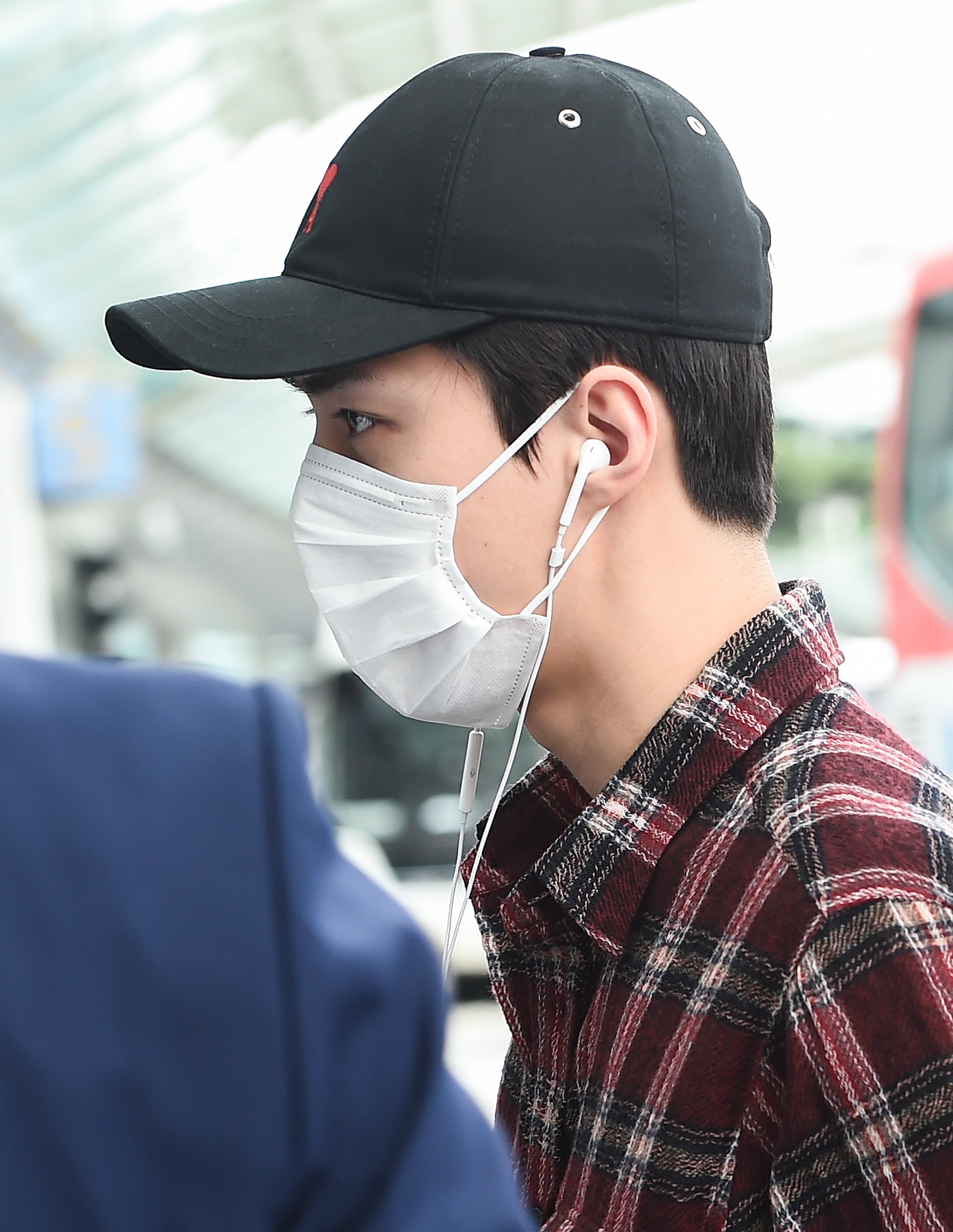 Sehun of EXO flying out to Qingdao, China, to participate in a fan signing event on July 30th, 2019 (Photo Credit=Getty Image Korea)