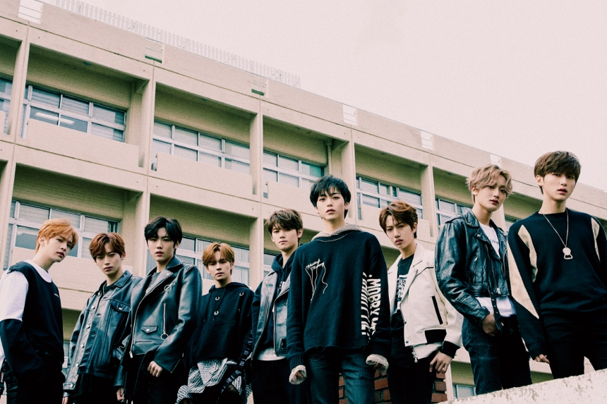 CRAVITY - SEASON 1, HIDEOUT : REMEMBER WHO WE ARE group concept photo (Photo Credit=Starship Entertainment)