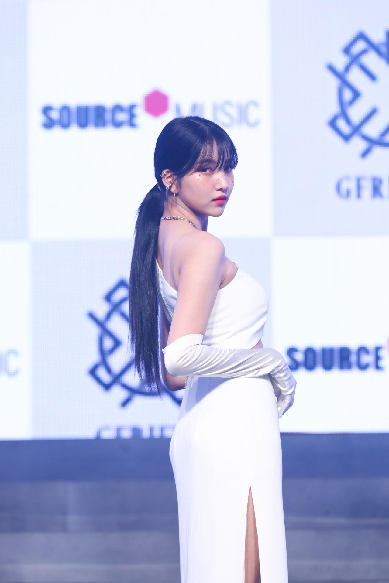 Member Sowon of GFRIEND (Photo Credit=Source Music)