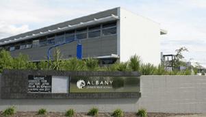 Albany Junior High School 전경