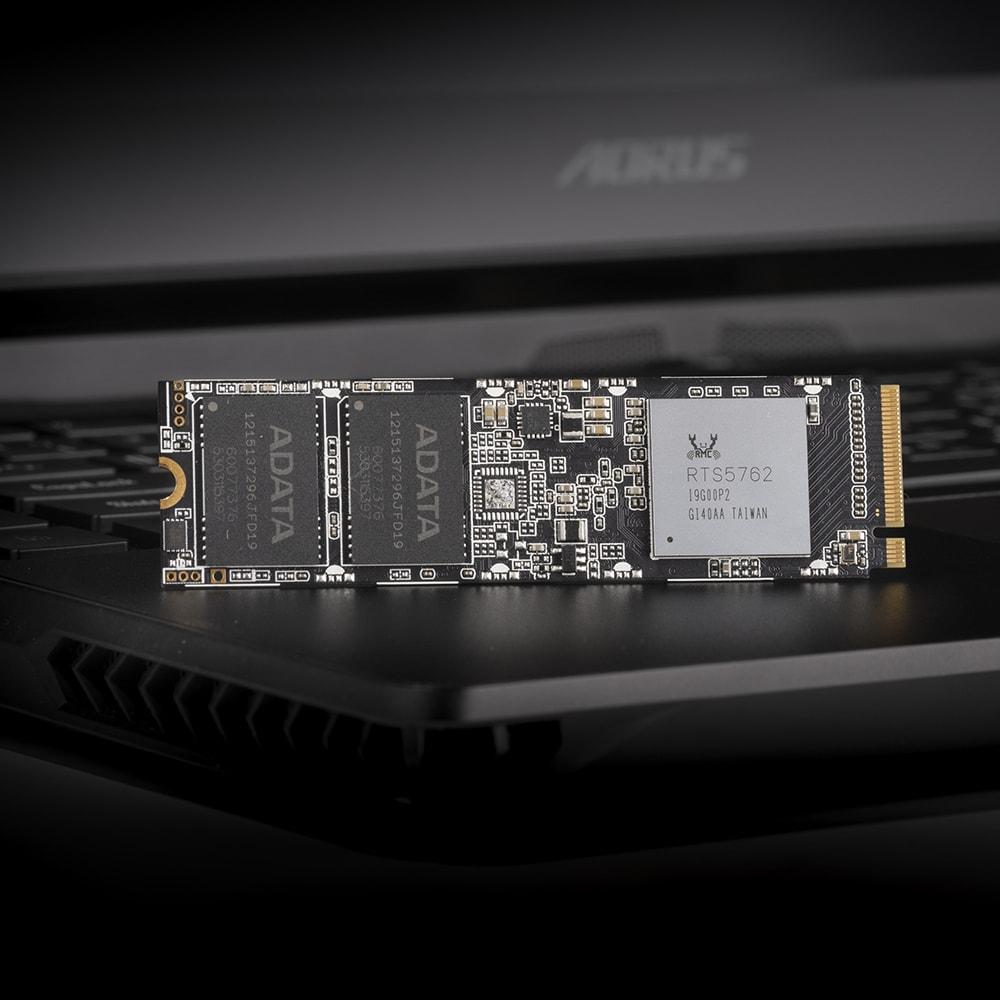 [ADATA] XPG SX8100 PCIe Gen3x4 M.2 2280 (512GB)