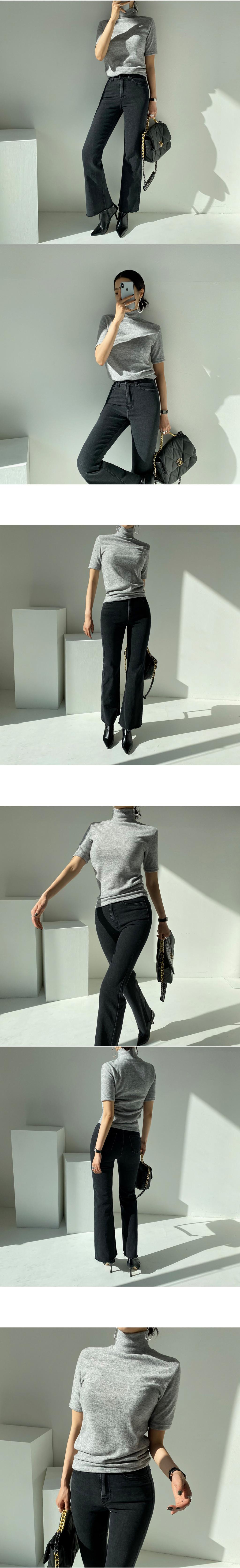 반팔 티셔츠 모델 착용 이미지-S2L4